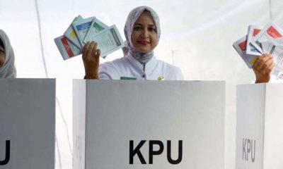Bupati Jember dr HJ Faida Mmr Mencoblos di TPS 04 Kelurahan Sumbersari