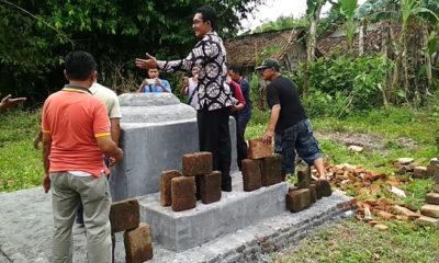 Ir Eko Heru Sunarso Kepala Dispemades Kabupaten Jember saat resmikan Tanah Reco di Desa Sukoreno, Kecamatan Umbulsari, Jember.