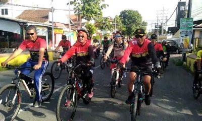 Peringati HUT Kodam V Brawijaya dan Hari Juang TNI, Kodim 0824 Gowes Bareng Rakyat