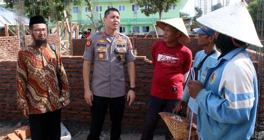 Kapolres Jember bersama pihak terkait kunjungi STDI Imam Syafi'i. (ist)