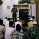 Komandan Kodim 0824 Jember Letkol Inf La Ode M Nurdin dalam safari tahajud di masjid Baitul Ijabah. (ist)