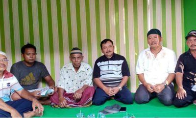 Didampingi kepala Desa Mangaran, Camat Ajung koordinasi dengan keluarga TKW. (ist)