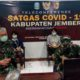 Siti Rodiyah dan Nana Sudarna saat selengggarak konferensi video dengan Gubernur. (Ist)