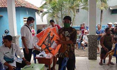 Pembagian Bantuan Pelampung pada Nelayan Era Bupati Lama Picu Polemik